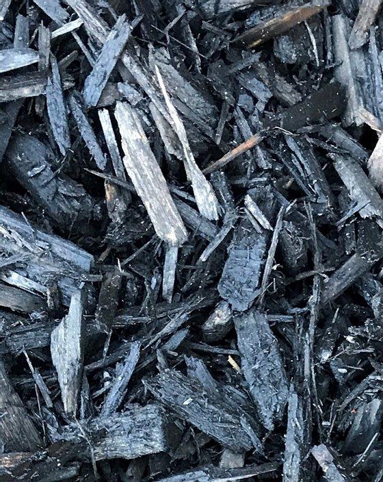 Black Mulch Installation
